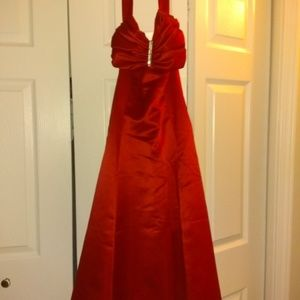 Davids Bridal Bridesmaid Dress size M (worn once)